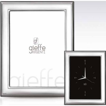 Ezüst fényképkeret - sima, keretezéssel (13x18cm)